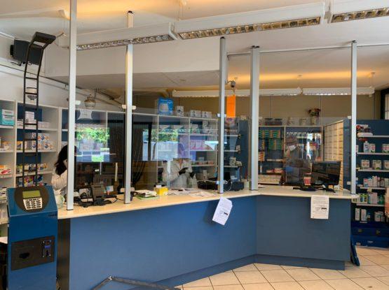 Pannelli divisori in vetro antifiato/antivirus COVID-19